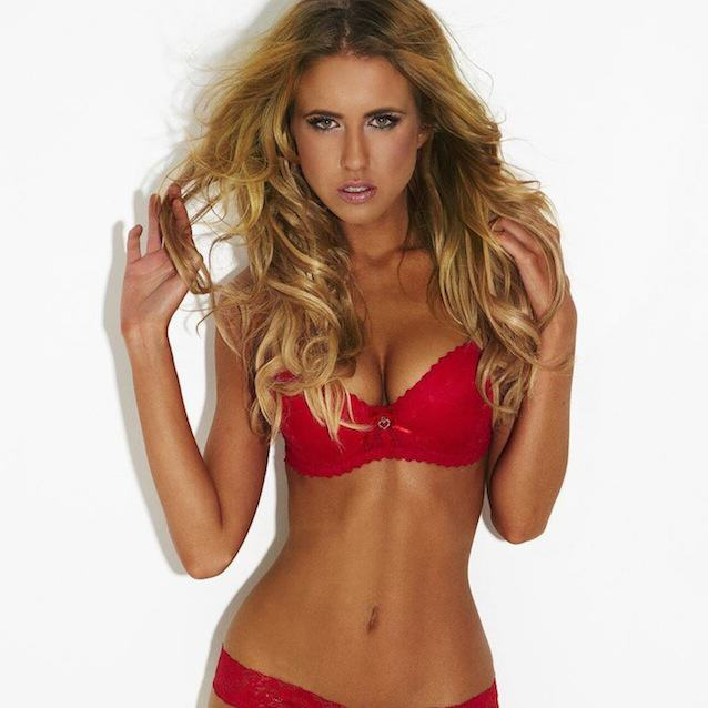 10 Incredible Photos Of Insta Babe Renee Somerfield RENEE 22