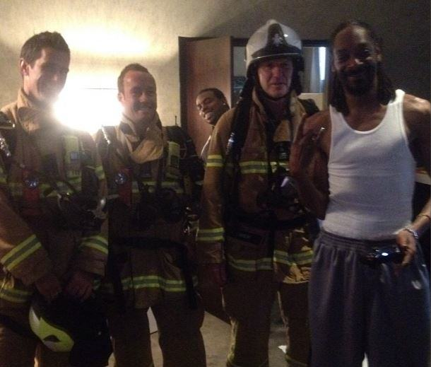 snoopinstagram1 Firefighters Respond To Fire Alarm At Hotel And Find Snoop Dogg Instead