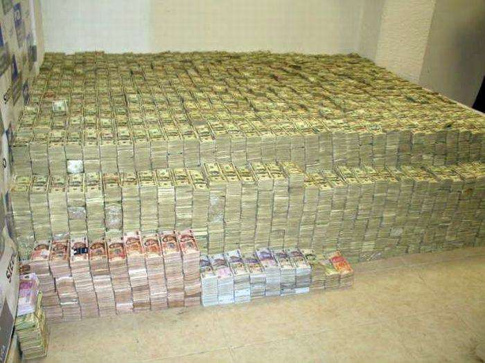 This Mexican Drug Lord Has An Incredible Home. I Guess Crime Does Pay.. 6t56Y89