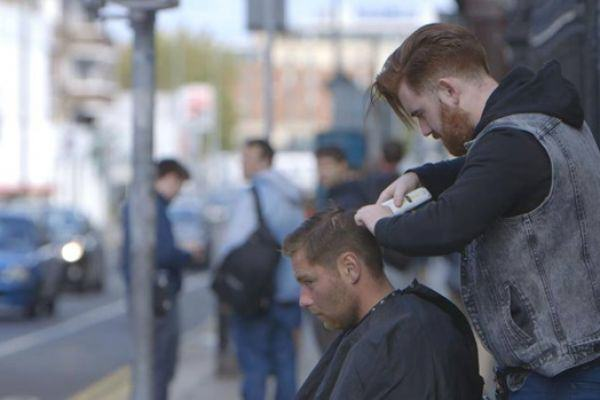 barber This Young Irish Barber Is Giving Homeless People Free Haircuts