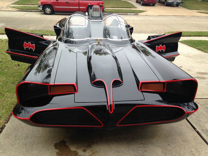 bat14 Man Completes Batmobile After 9 Years Of Work