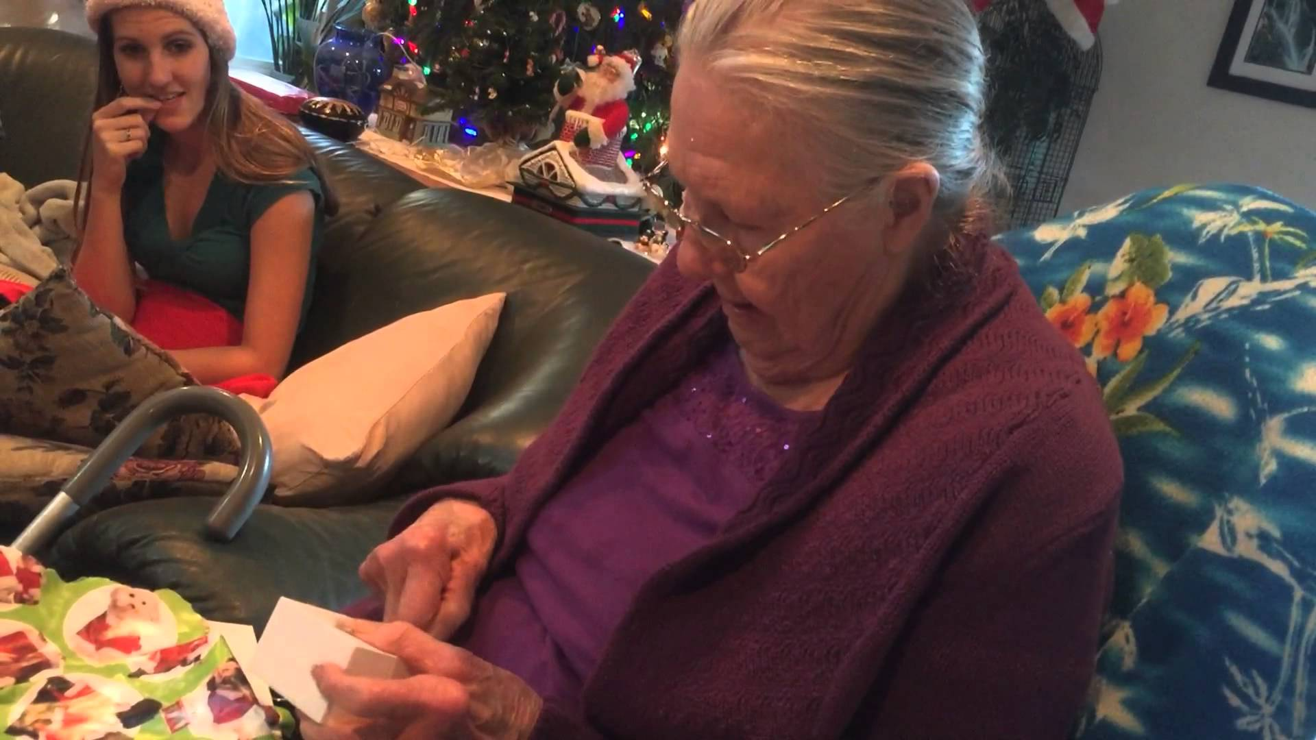 Grandma Unwraps Chocolate iPhone, Thinks Its A Real iPhone grandma opens unwraps chocolate
