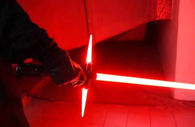 ockbzoesfc93nhkt1vyp A Japanese Guy Has Built The New Star Wars Lightsaber, Obviously