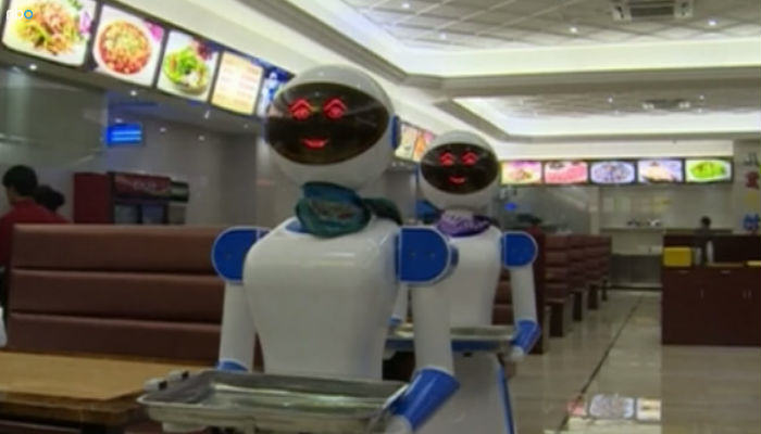 robot food web thumb This Restaurant In China Is Replacing Waiters With Robots