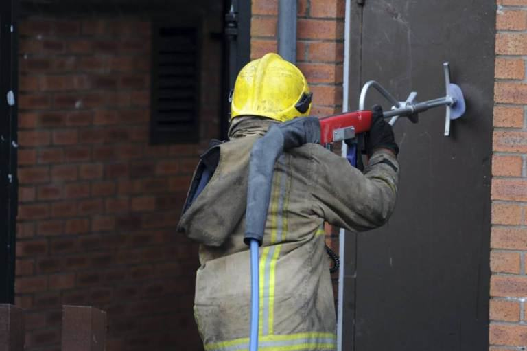 ad 156692331 New Firefighting Device Can Blast Through Walls In Seconds