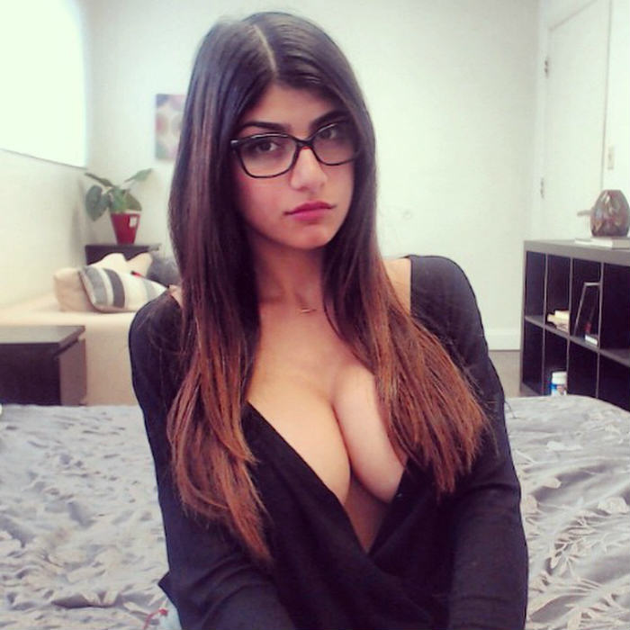 mia khalifa - photo #9