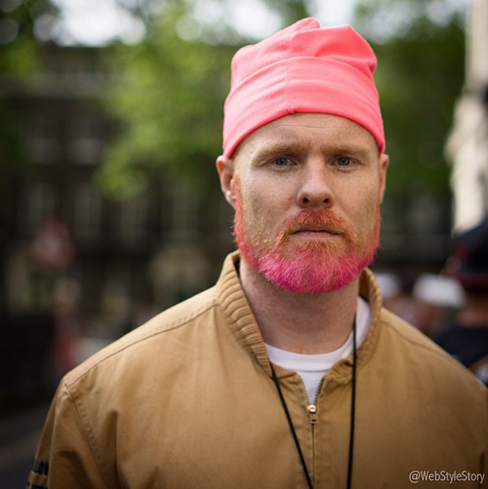 Men Are Now Dyeing Their Beards, And Its Apparently Fashionable w3c8nz3iommiyvh0nflg
