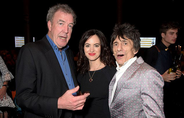 26D1555800000578 3003663 image a 68 1426837963257 Jeremy Clarkson Calls BBC F*cking B*stards, Wants One More Top Gear Lap
