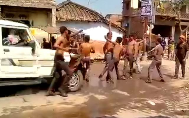 India Website Thumb 640x400 Driver Purposely Runs Over A Group Of Men Street Dancing