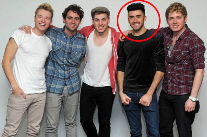 lol Moment Of Silence For Guy That Plays Zayn In One Direction Tribute Band