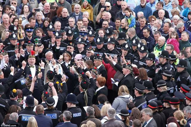 police 2 640x426 Hero Policemans  Death Sees Thousands Line The Streets For Final Beat Walk