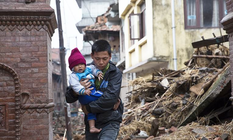 nepal1 CCTV Footage Of Devastating Earthquake Hitting Nepal Is Not For Sensitive Viewers