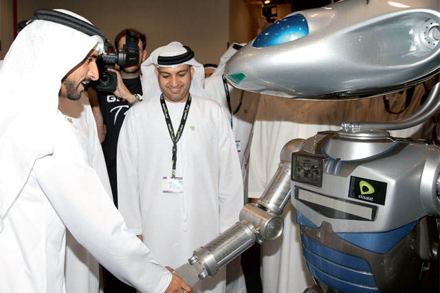 Dubai Is Aiming To Have Fully Intelligent Robot Police By 2017 24