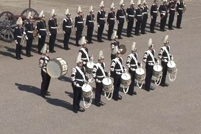 Swedish Army Brass Band Plays Swedish House Mafia For Kings 70th Birthday SABB 640x426