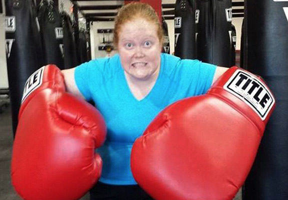 boxing weight loss WEB 2 Morbidly Obese Woman Close To Death Takes Up Boxing, Loses 200 Pounds