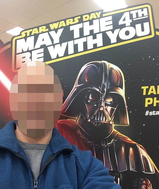 This Man Took A Selfie Then Was Wrongly Accused Of Being A Paedophile darthvader