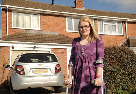 widow web Woman Gets To Keep Her House After Good Samaritan Donates £8k