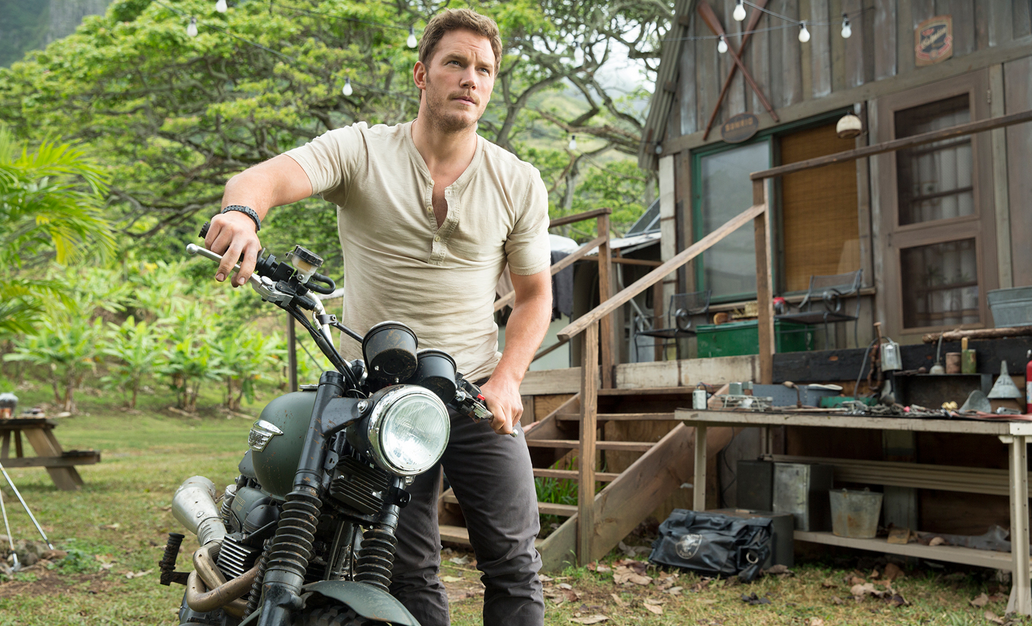 Screen Shot 2015 06 15 at 10.03.51 Chris Pratt Confirmed For Jurassic World Sequel