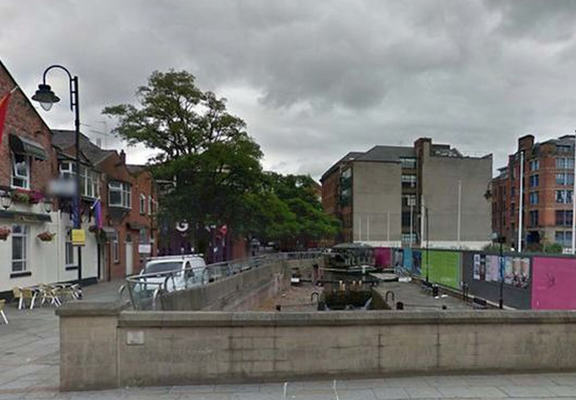 canal street web Naked Man Walks Through Manchesters Gay Village After Getting Clothes Stolen