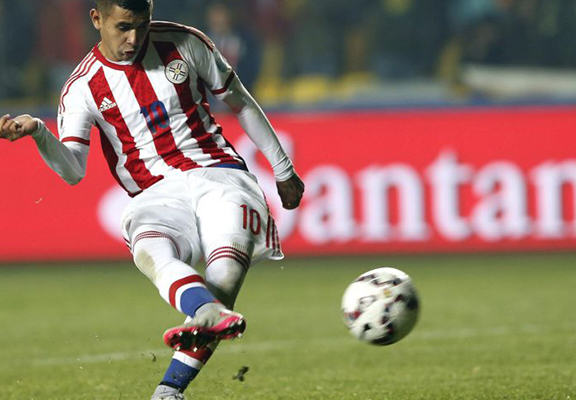 copa web Paraguay Hero Gonzalez Reveals His Uncle Died After He Scored The Winning Penalty