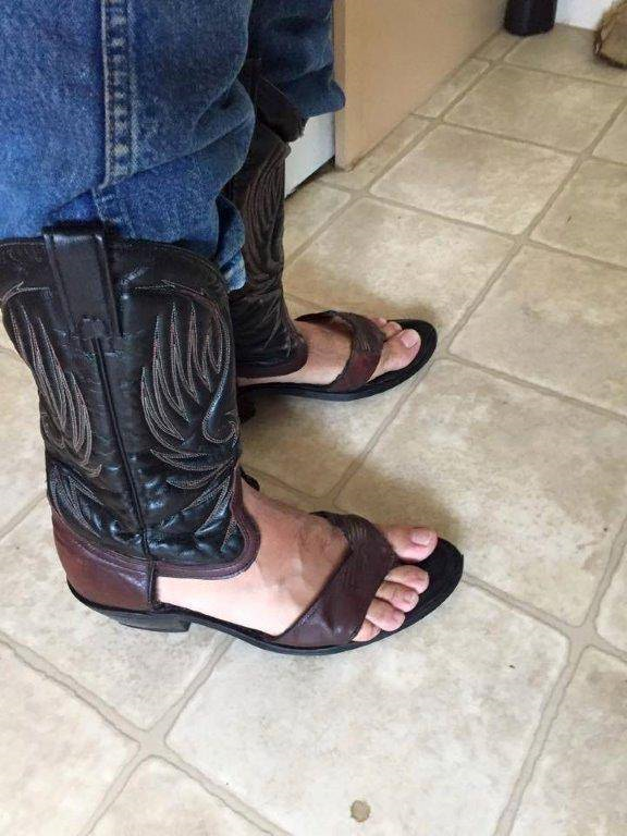 imgur1 These Cowboy Boots Show Texans Have Totally Lost Their Minds