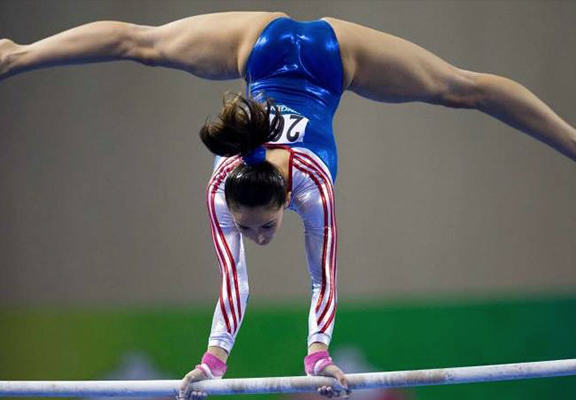 This Muslim Gymnast Was Lambasted For Her Revealing Leotard muslimgym web