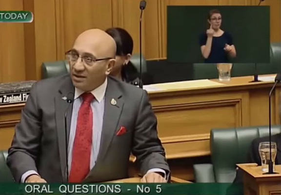 nz swear WEB New Zealand MP Swears In Parliament And Sign Language Interpreter Relays It Like A Boss
