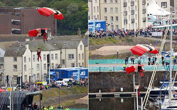 rdv3 Red Devils Parachutist Survives Fall After Being Caught By Friend When Chute Failed