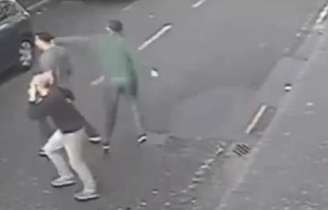 Is This The Funniest Punch Ever Thrown? 18