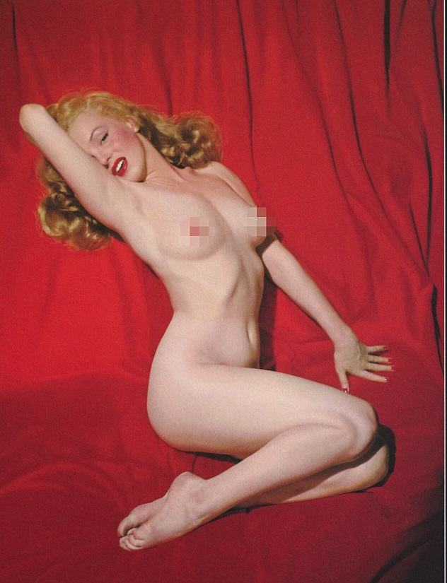 55b8ef07406ea Never Before Seen Nude Marilyn Monroe Photos Go On Tour Around America