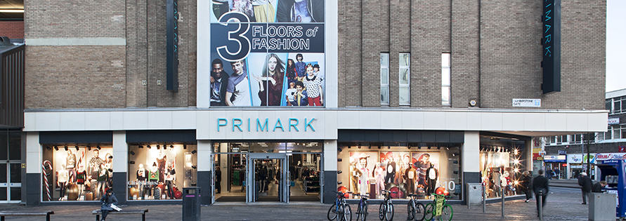 Primark Security Guard Pulls Baby From Breastfeeding Mum %name
