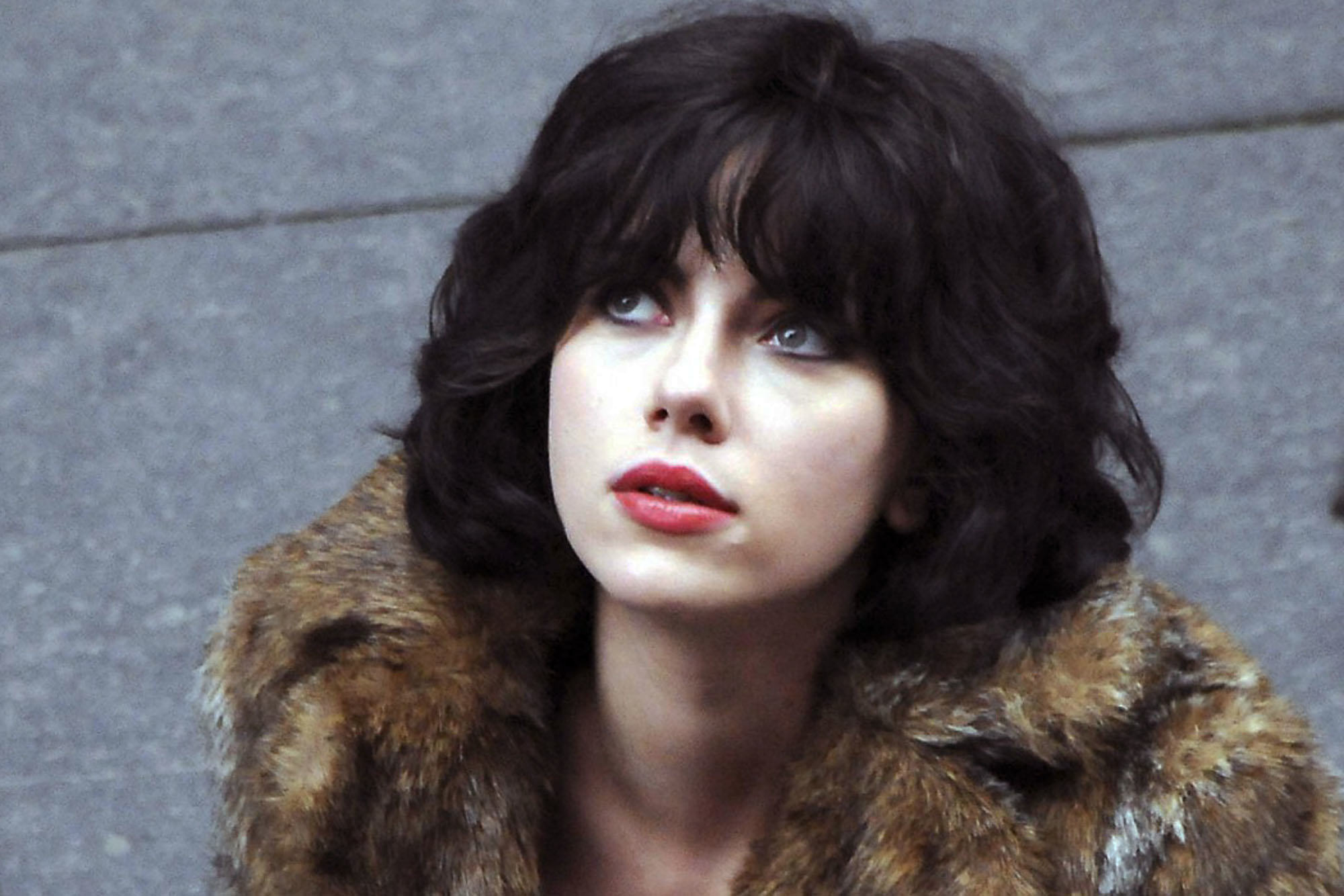 film review under the skin 1 Scientist Claims Aliens Exist And Look Like Humans