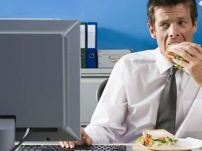 lunch This Joke About Eating Your Lunch In Work, At Your Desk Is Too Real