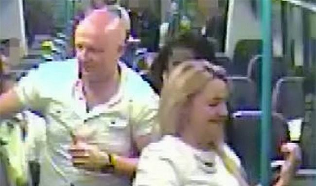nlUSf5W6Ysex train.jpg Couple Who Had Sex On Train Hand Themselves In To Police