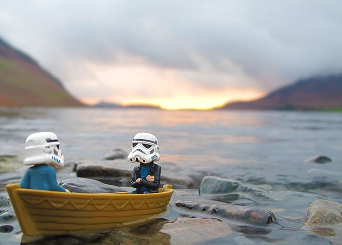UNILAD Boat lake casual2 Awesome Photos Imagine What Stormtroopers Get Up To On Their Days Off