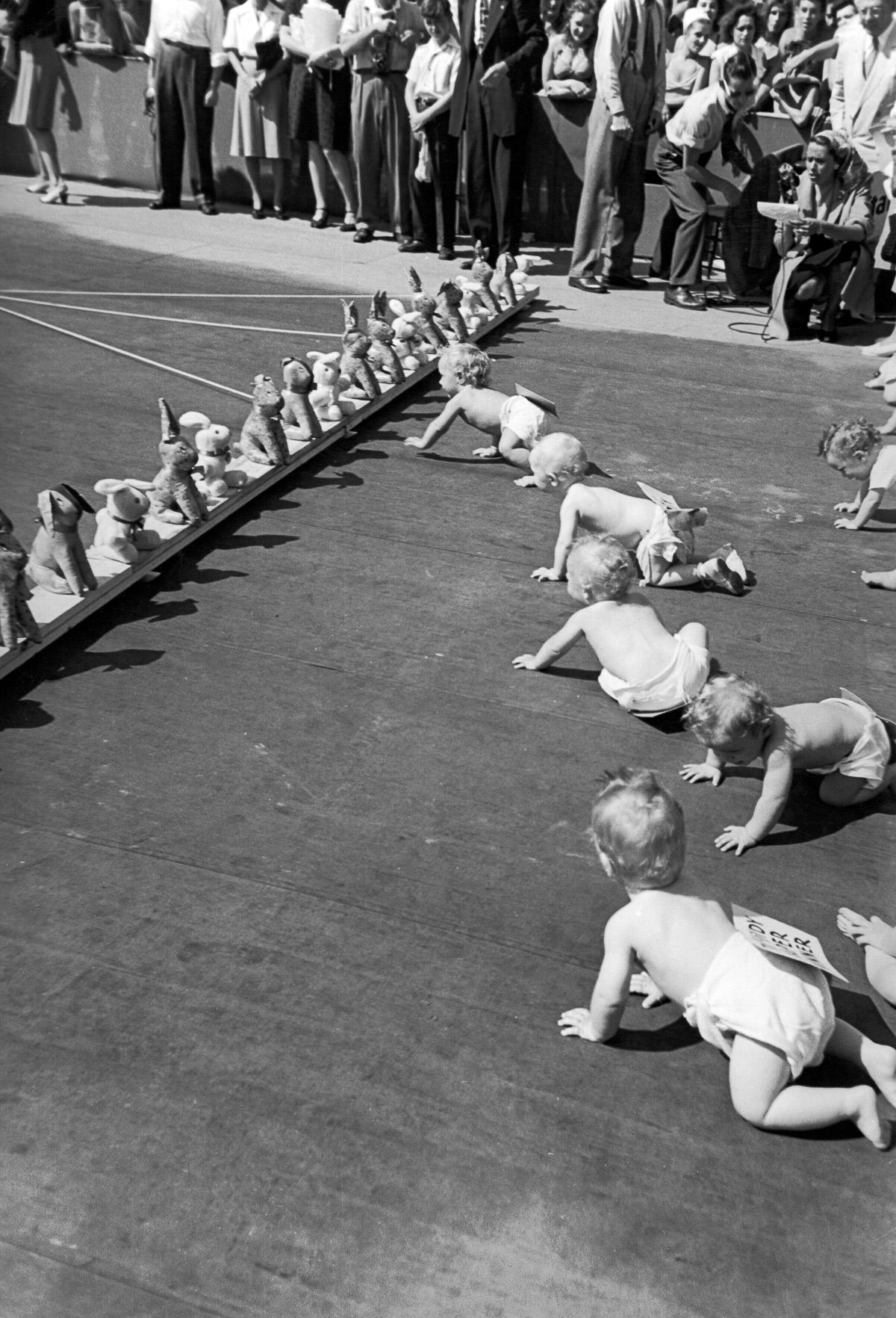 UNILAD CORNELL CAPATHE LIFE PICTURE COLLECTIONGETTY IMAGES 33 Baby Racing Used To Be A Real Life Actual Sport, And It Was Amazing