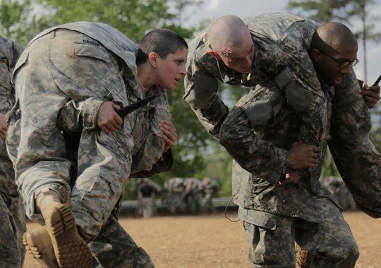 UNILAD Capt. Kristen Griest participates in Ranger School. Photo Spc. Nikayla ShodeenArmy8 These Are The First Women To Complete Gruelling US Army Ranger School