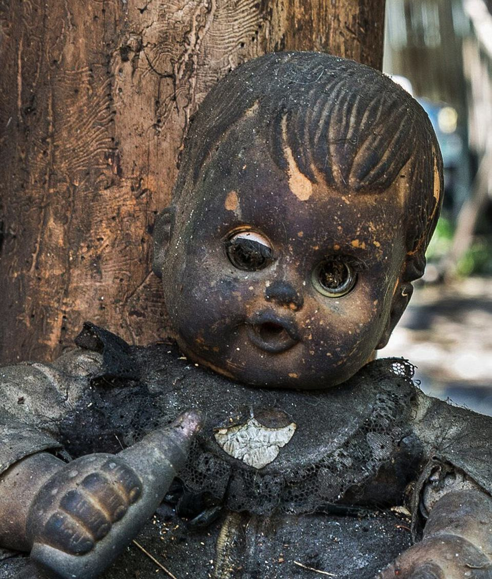 These Photos From Mexico's Haunted 'Island Of The Dolls' Are Extremely Creepy UNILAD NYX1howq62