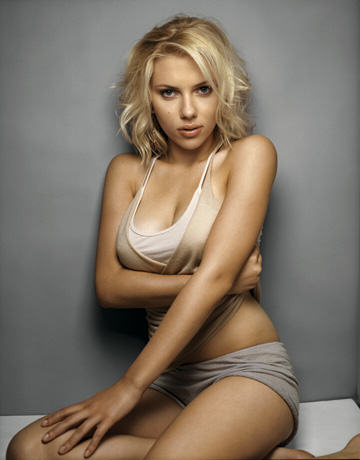 UNILAD ScarlettJohansson105 Scarlett Johansson Loses Battle To Ban Book Presenting Her As Sex Object
