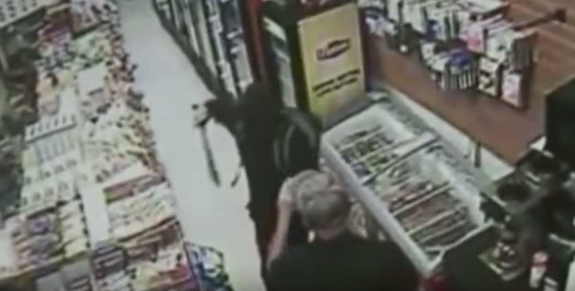 UNILAD Screen Shot 2015 08 19 at 10.17.294 Man With Machete Tries To Rob Store, Shop Owner Whips Out Massive Sword