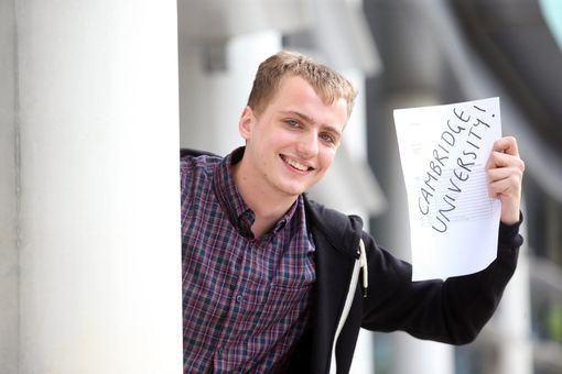 UNILADs Homeless Student Gets Straight A*s And Wins Himself A Place At Cambridge image