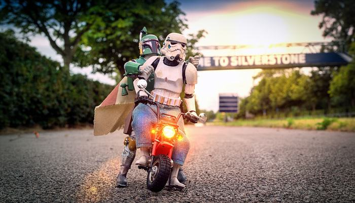 UNILAD bobba fett2 Awesome Photos Imagine What Stormtroopers Get Up To On Their Days Off