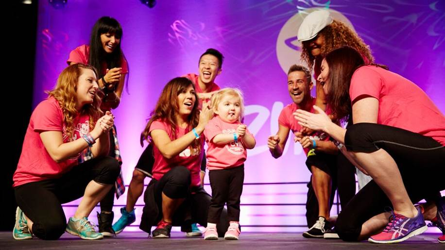 Six Year Old Girl With Rare Illness Dominates Zumba Convention UNILAD dd22