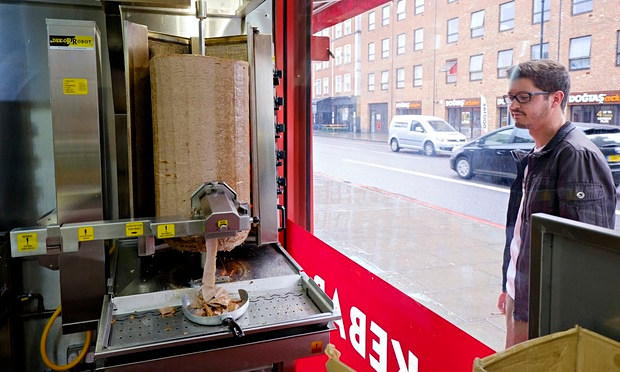 UNILAD kebab5 Your Next Kebab Could Well Be Served Up By A Robot