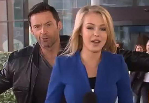 UNILAD rNDyufX Hugh Jackman Beats Any Previous Photobombing Attempt During Australian News Show