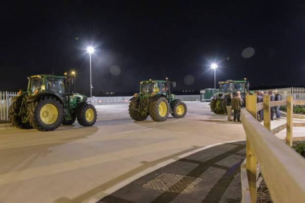 UNILAD tesco blockade 48 Farmers Block Tesco Delivery Trucks With Their Tractors To Protest Milk Imports