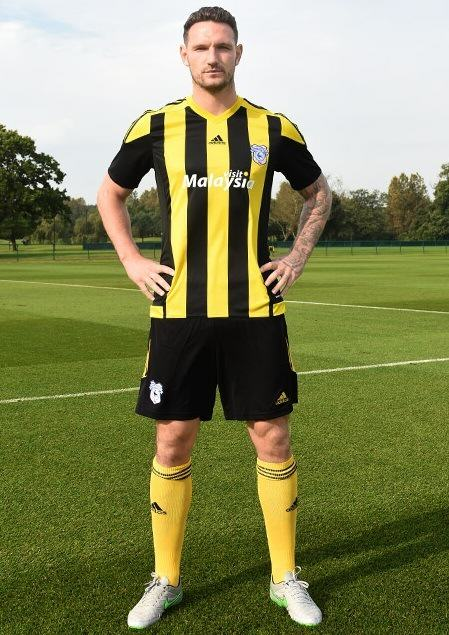 UNILAD 282 Check Out Cardiff Citys New £699.99 Third Kit
