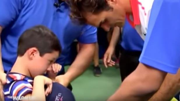 UNILAD fed14 Roger Federer Saves A Young Fan From Being Crushed By Crowd