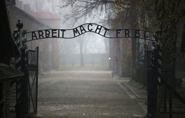 Auschwitz Visitor Outrage After Showers Resembling Gas Chambers Put Up In Entrance UNILAD getty3