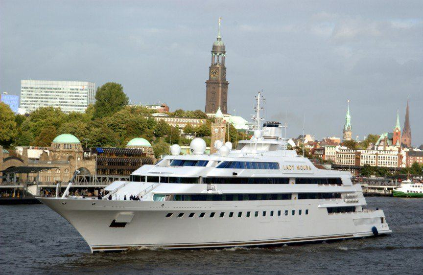 UNILAD lmou5 The Worlds Most Expensive Yachts And The Billionaires Who Own Them